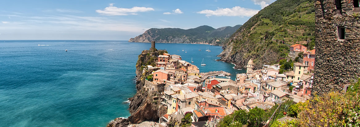 Houses encircled in Vernazza
